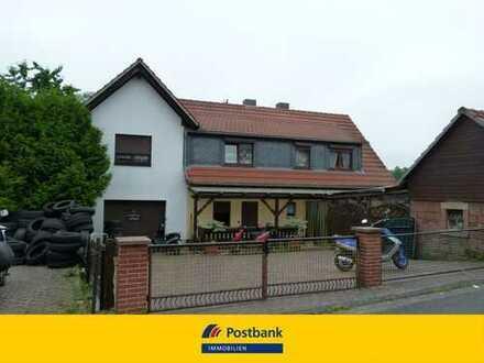 Zwangsversteigerung - Zweifamilienhaus mit Garage und Nebengebäude - provisionsfrrei für Ersteher!