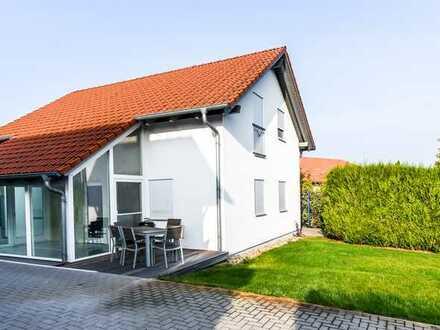 Schönes modernes & helles Haus mit vier Zimmern in Wörrstadt (Gewerbegebiet)