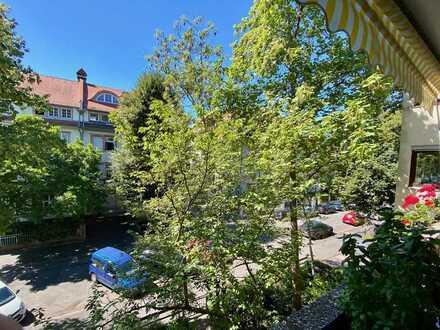 Weststadt: Apartment mit Terrasse in Toplage