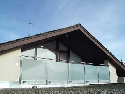 Sonnige 2,5 Zimmer Dachgeschoßwohnung