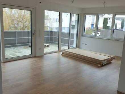 Erstbezug: Helle und sonnige 4-Zimmer-Wohnung mit Einbauküche und Balkon in Winnenden