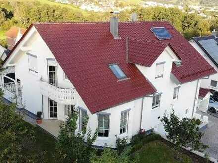 Traumhaus für 2 Familien mit Garten - Balkon - 2 Terrassen - Top Einbauküche - Tageslichtbäder