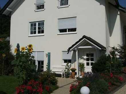Schönes Haus mit acht Zimmern in Ilm-Kreis, Ilmenau