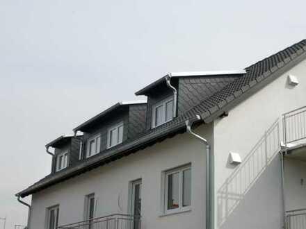 Griesheim - Im alten Stadtteil!**Neubau – Erstbezug! 4 Zi.-DG-Whg. mit 2 Balkonen- zum Selbstausbau!