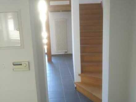 Saniertes 3-Zimmer-Reihenhaus mit Einbauküche in Landstuhl, Landstuhl