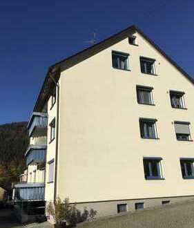 3-Zimmer-Wohnung mit Balkon in Höfen an der Enz