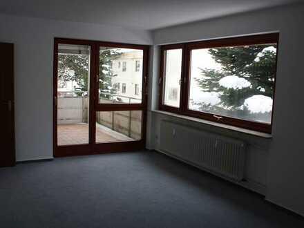 Großzügige, helle 2-Zimmer-Wohnung mit Loggia in Welzheim