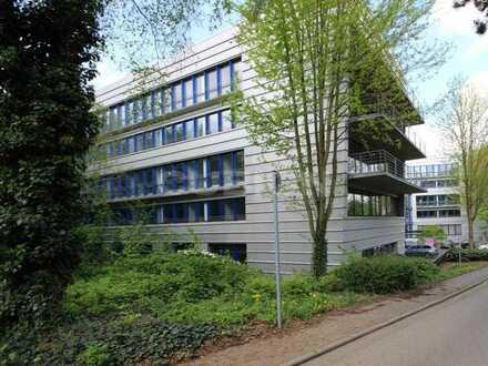 Repräsentative Büroflächen mit optimaler  Anbindung an die A52!