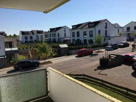 Sofort frei !! Gute gelegene Wohnung im ersten Stock mit Balkon und Ausblick in Budenheim