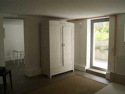 Modernes 2-Zi.-Souterrain-Apartment mit eigener Terrasse
