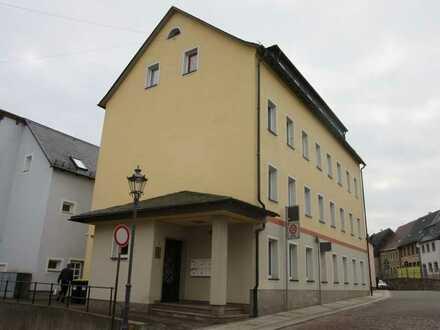 Gewerbeeinheit, geeignet für Praxis oder Büro im Zentrum der Stadt!