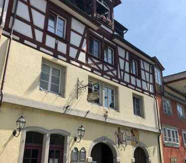 Überlingen und nur einen Steinwurf vom See entfernt ! Denkmalgeschütztes Wohn- und Geschäftshaus !