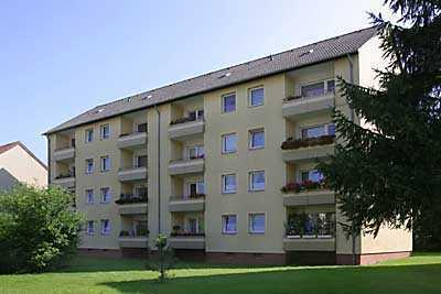 Zwei-Zimmer-Wohnung mit Balkon