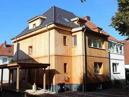 Exklusive, komplett kernsanierte Doppelhaushälfte in beliebter Lage sucht neue Eigentümer