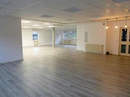 Schöne große 4-Zimmer Wohnung zu vermieten, im Herzen von Westerburg
