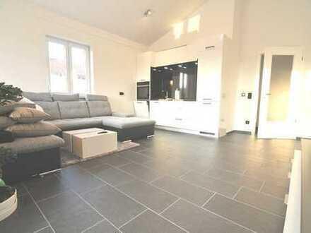 Hochwertig modernsiertes Loft mit schönem Westbalkon im Penthouse-Stil