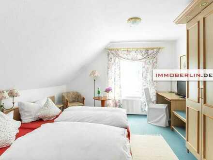 IMMOBERLIN: Gepflegtes Wohn- & Geschäftshaus in beliebter Naturlage