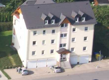 Gepflegte 2-Zimmer-Erdgeschosswohnung mit Balkon in Marienberg