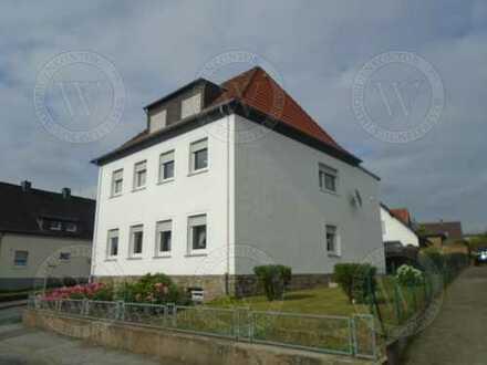 Viel attraktiver Wohnraum auf drei Etagen. Gepflegtes, helles Ein- Zweifamilienhaus