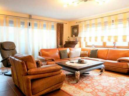 Schöne 5-Zimmer Wohnung im Erdgeschoss