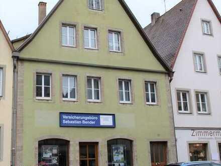 INVESTOREN AUFGEPASST: gepflegtes Wohn- und Geschäftshaus mit großem Grundstück in zenztraler Lage