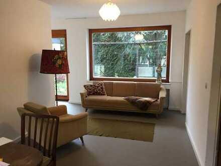 3 WG Zimmer in heller großzügiger Wohnung, z.B. 17 qm, Laminat