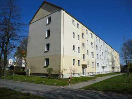 kleine 2 Raum Wohnung in Weinhübel mit Balkon ab 01.04.2019