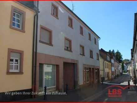 Dachgeschosswohnung mit Loggia im Herzen von Winnweiler
