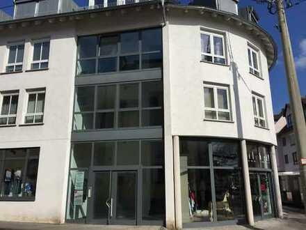 Schöne 3-Zimmer-Wohnung mit Balkon in Wiesbaden