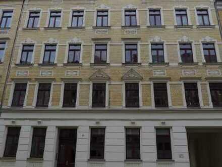 Geräumige 4-Raumwohnung mit Balkon in ruhiger Wohnlage