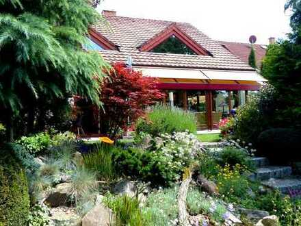 Großer Garten und perfekter Grundriss- Ihr Haus mit Einliegerwohnung in Müllheim