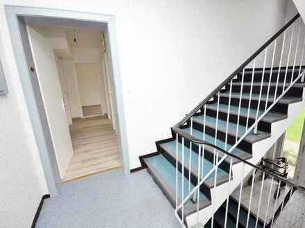 TOP renovierte 3-Zimmer-Wohnung, hier brauchen Sie nur noch Ihre Möbel zu platzieren!