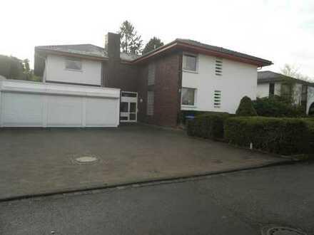 Gepflegte 3-Zimmer-Wohnung mit schöner Terrasse in Berg.Gladbach-Schildgen!