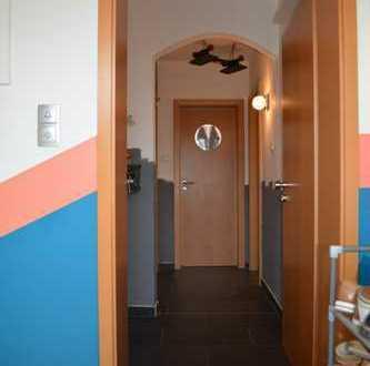 Modernisierte 5-Raum-Maisonette-Wohnung mit Einbauküche in Bottrop