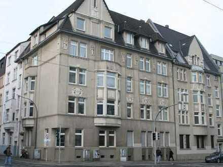 240 qm Wohn- und Nutzfläche im DG und Spitzboden eines Jugendstilhauses