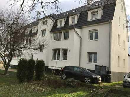 Schöne vier Zimmer Wohnung in Esslingen (Kreis), Kirchheim unter Teck