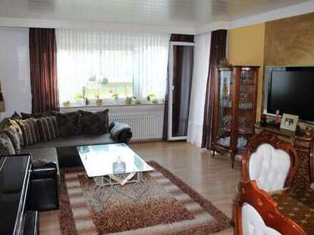 Schöne 3,5- Zimmer-Erdgeschosswohnung mit Gartenanteil in Gärtringen
