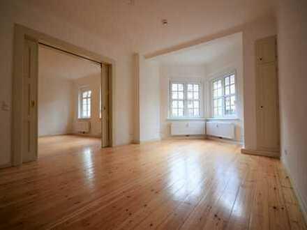 Erstbezug nach aufwendiger Sanierung *moderne 3-Raum im EG*Balkon*Duschbad