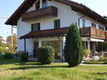 Traumhafte Doppelhaushälfte auf schönem Grundstück in Feldkirchen-Westerham