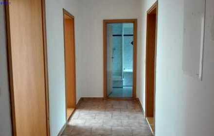 Schöne, geräumige zwei Zimmer Erdgeschosswohnung in Werdau