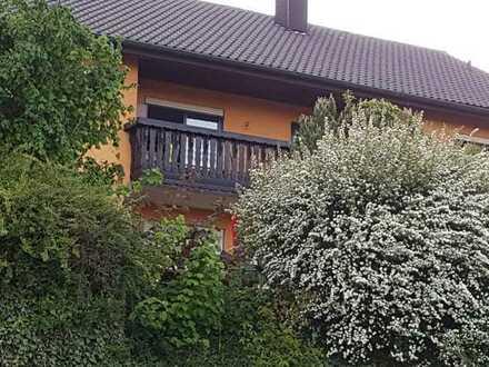 Gepflegte Wohnung mit viereinhalb Zimmern und Balkon in Sinsheim