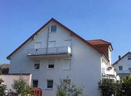 Gemütliche Wohnung über 2 Etagen mit großem Balkon!