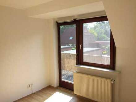 DHHmit sechs Zimmern in ruhige Lage Oldenburg, Bloherfelde