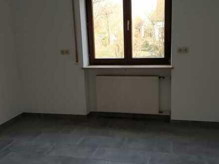 Ansprechende und gepflegte 5-Zimmer-Doppelhaushälfte zur Miete in Schrobenhausen, Schrobenhausen
