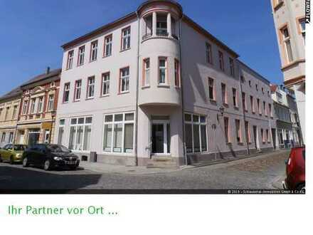 Attraktives Wohn- und Geschäftshaus mit 6,43 % Rendite im historischen Ortsteil Fürstenberg
