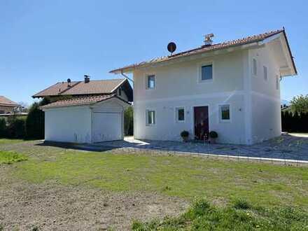 Neubau Einfamilienhaus in begehrter Wohnlage mit Bergblick
