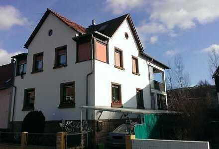 Schönes Einfamilienhaus im Ortskern von Rockenhausen (ab sofort frei)