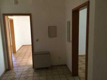Preiswerte, geräumige und sanierte 3-Zimmer-Wohnung in Kirchberg vorm Wald, Gemeinde Tiefenbach.