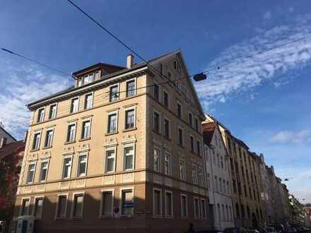 Sanierte, stilvolle Altbauwohnung nähe Innenstadt zum Kauf