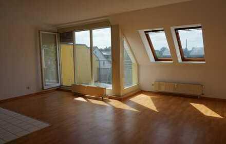 Vollständig renovierte 2-Zimmer-Maisonette-Wohnung mit Balkon in Fürstenwalde